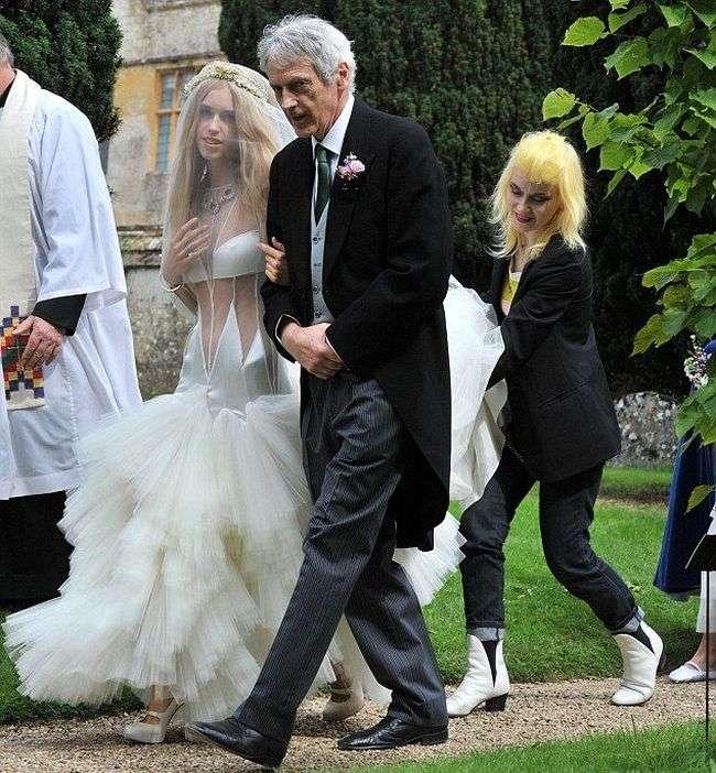 Оригінальне весільне плаття (6 фото)