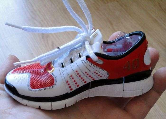 Незвичайні кросівки для вашої дитини (10 фото)