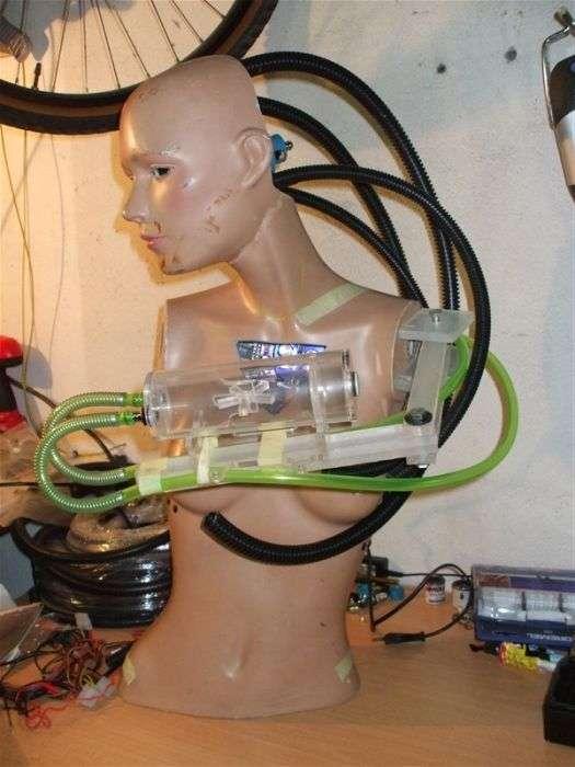 Крутий моддінг компютера під назвою Cyberfuture (23 фото)