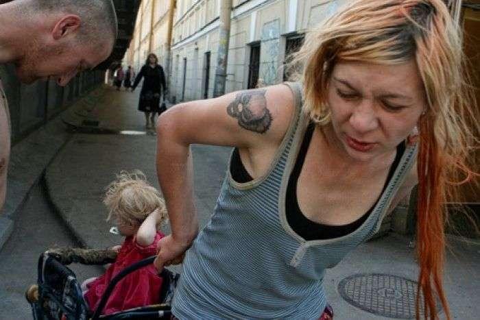 Як захистити дітей від таких батьків (15 фото)