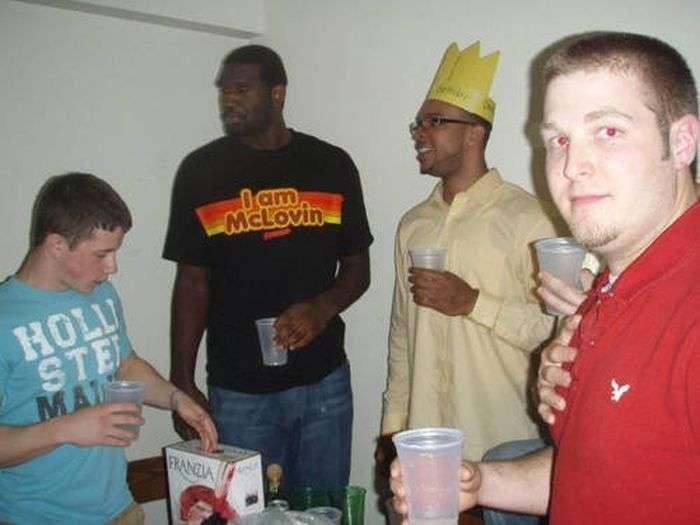 Хлопці відриваються на вечірках (47 фото)