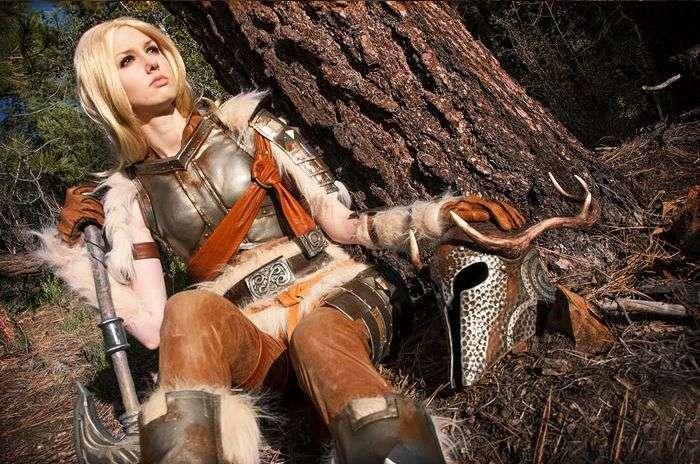 Симпатична фанатка гри Skyrim (5 фото)
