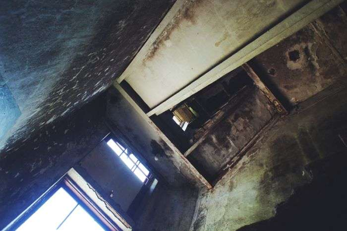 Прогулянка по покинутих копалень Дегтярска (50 фото)