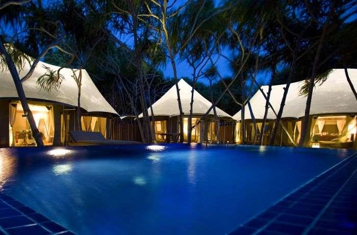 Райський відпочинок у наметах на Мальдівах (26 фото)