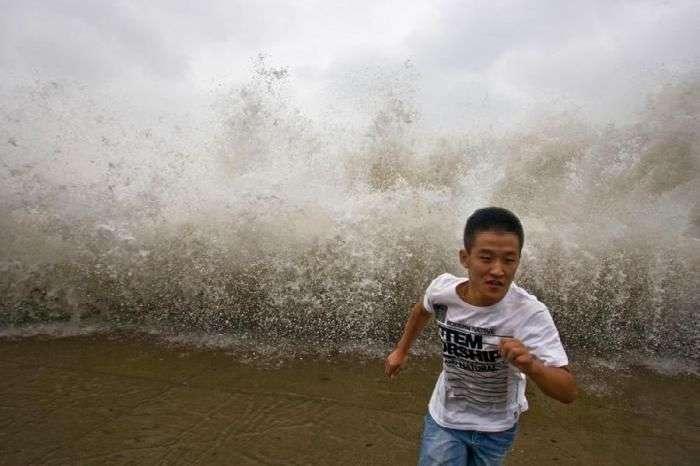 Людина проти стихії (33 фото)