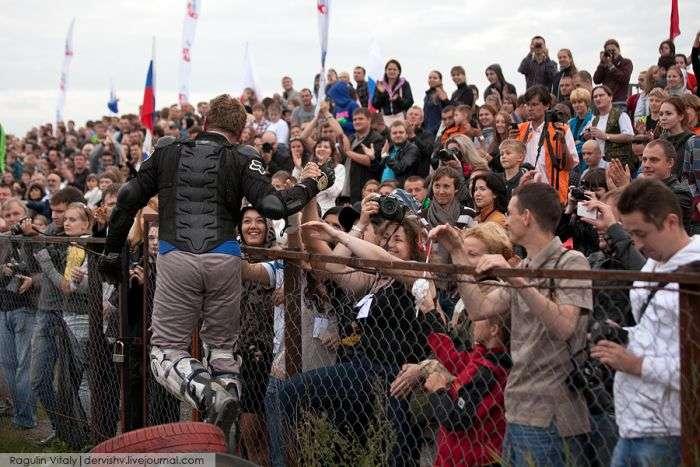 Екстремальний фестиваль каскадерів в Тушино (38 фото)