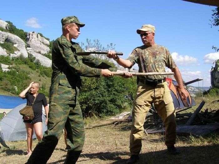 Суворий військовий табір для підлітків Таврида-Січ (20 фото)