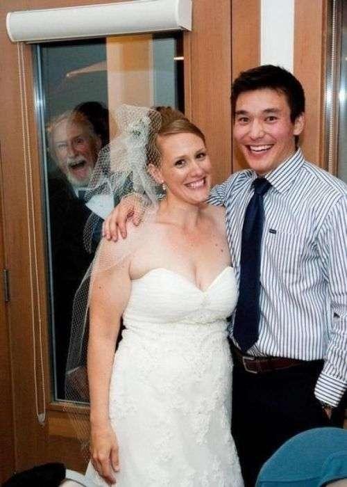 Весільні фотобомбы (23 фото)
