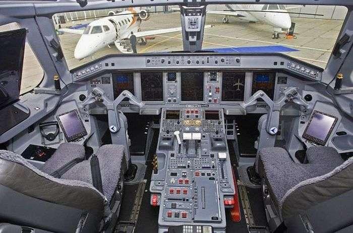 Дорогий інтерєр приватних літаків (25 фото)