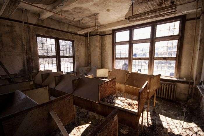 Покинутий коледжу для дівчат в Нью-Йорку (60 фото)