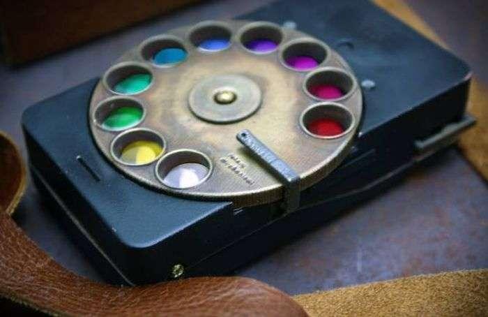Незвичайний смартфон в стилі стімпанк (15 фото)