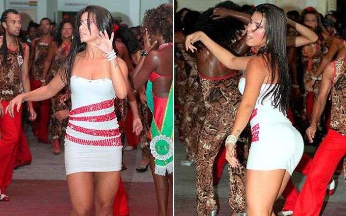 Стрункі дівчата в сексуальних сукнях (50 фото)