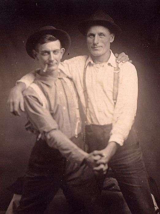 Чоловіча дружба, яка переходить в незвичайну прихильність (71 фото)