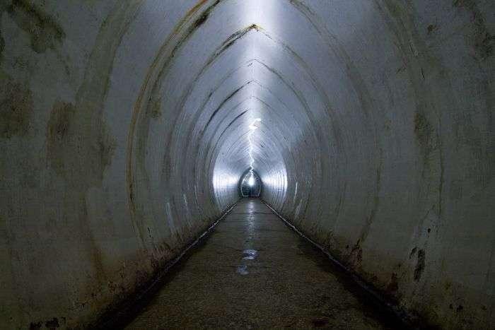 Покинутий підводний джентельменський клуб (26 фото)