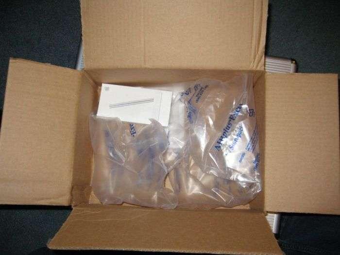 Дивна упаковка мініатюрних гаджетів (20 фото)