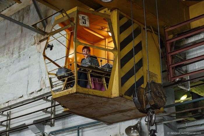 Екскурсія по бронетанковому заводу (34 фото)